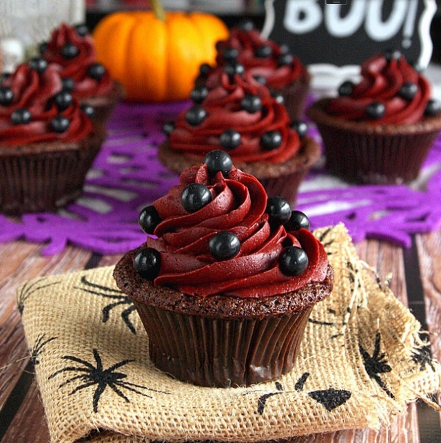 Devil's Food Cupcakes with Wicked Red Velvet Frosting2