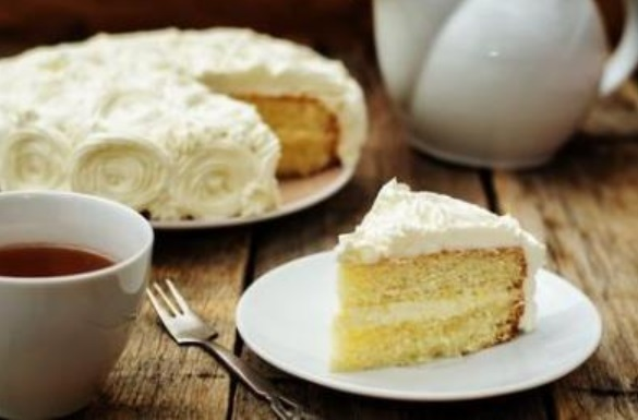 French Almond Vanilla Cake