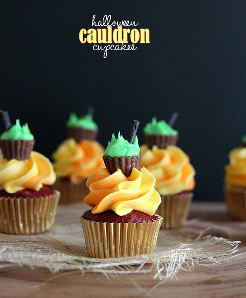 halloween cauldron cupcakes