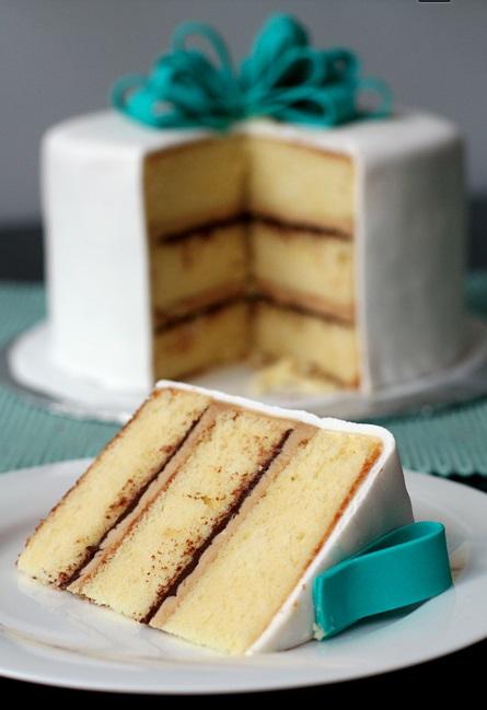 Vanilla Cake-Tiramisu -ganache