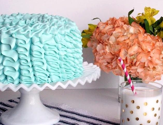 blue velvet cake A