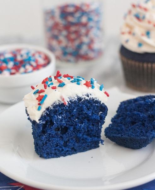 blue velvet cupcake TSA2