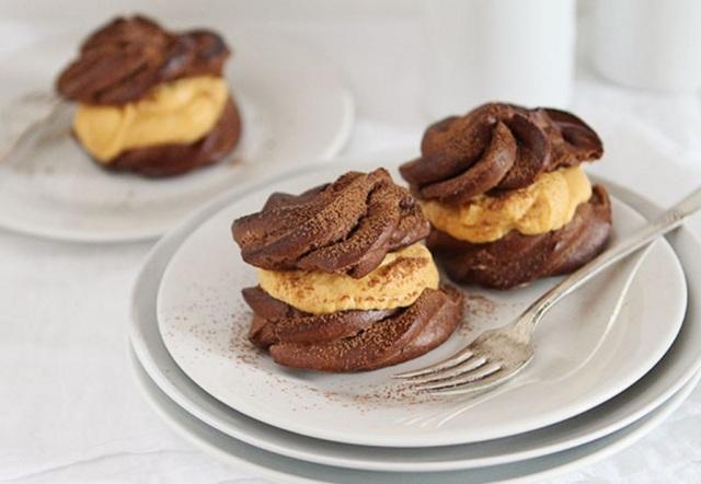 Choco-Puffs-Pumpkin-Whipped Cream IAB